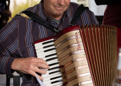 Rob accordion